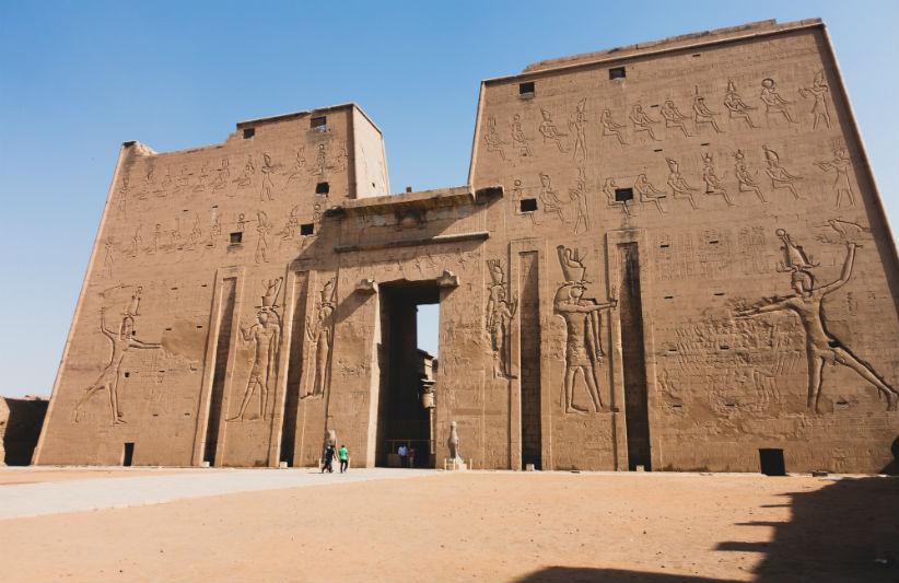 egyptian-pharaohs-adventure-temple.jpg