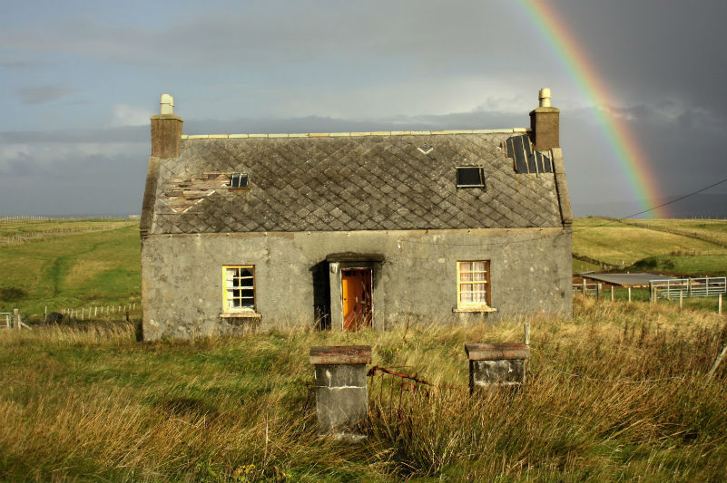 places-to-visit-in-scotland-hebrides.jpg