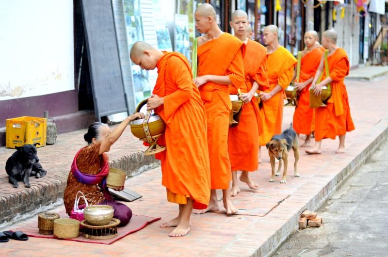 top-seven-things-to-do-in-laos-luang-prabang.jpg