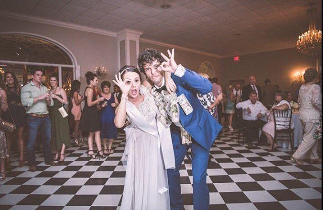 👌🏻💰#weddings #bride #bridalbook #bridalblog #bridalbliss #bridalshow #weddings #bridalportrait #justmarried #marriage #thebridalshow #weddingphotography #weddingseason #moneyteam #photogram #photooftheday #photosdaily #dreamwedding #shesaidyes  #weddingseason2016 #happy #lovely #isntshelovely #bestwedding #weddingphotographer #weddinghour #weddingpeople #colors #instacool #instadaily #money