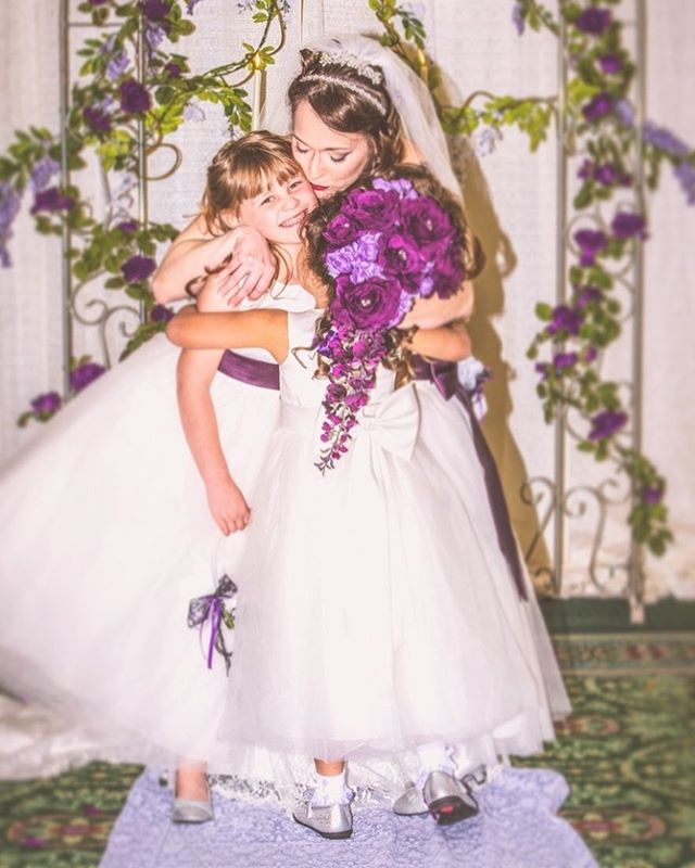 💗#bridalbook #bridalblog #bridalbliss #bridalshow #weddings #bridalportrait #justmarried #marriage #thebridalshow #weddingphotography #weddingseason #phtog #photogram #photooftheday #photosdaily #dreamwedding #shesaidyes  #weddingseason2016 #happy #lovely #isntshelovely #bestwedding #weddingphotographer #weddinghour #weddingpeople #colors #instacool #instadaily #loveit #jax
