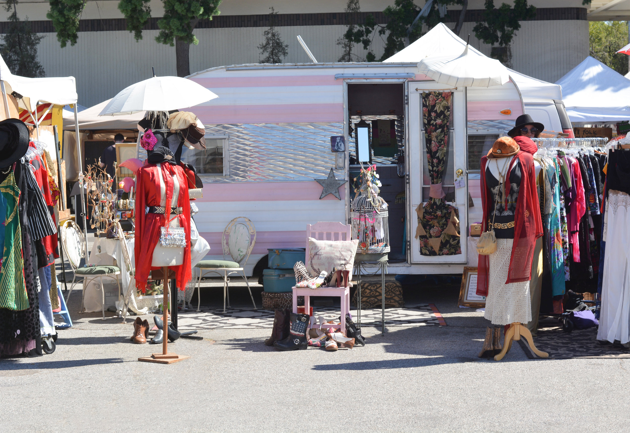 The finds at the flea market can range from vintage items to new and trendy designs.