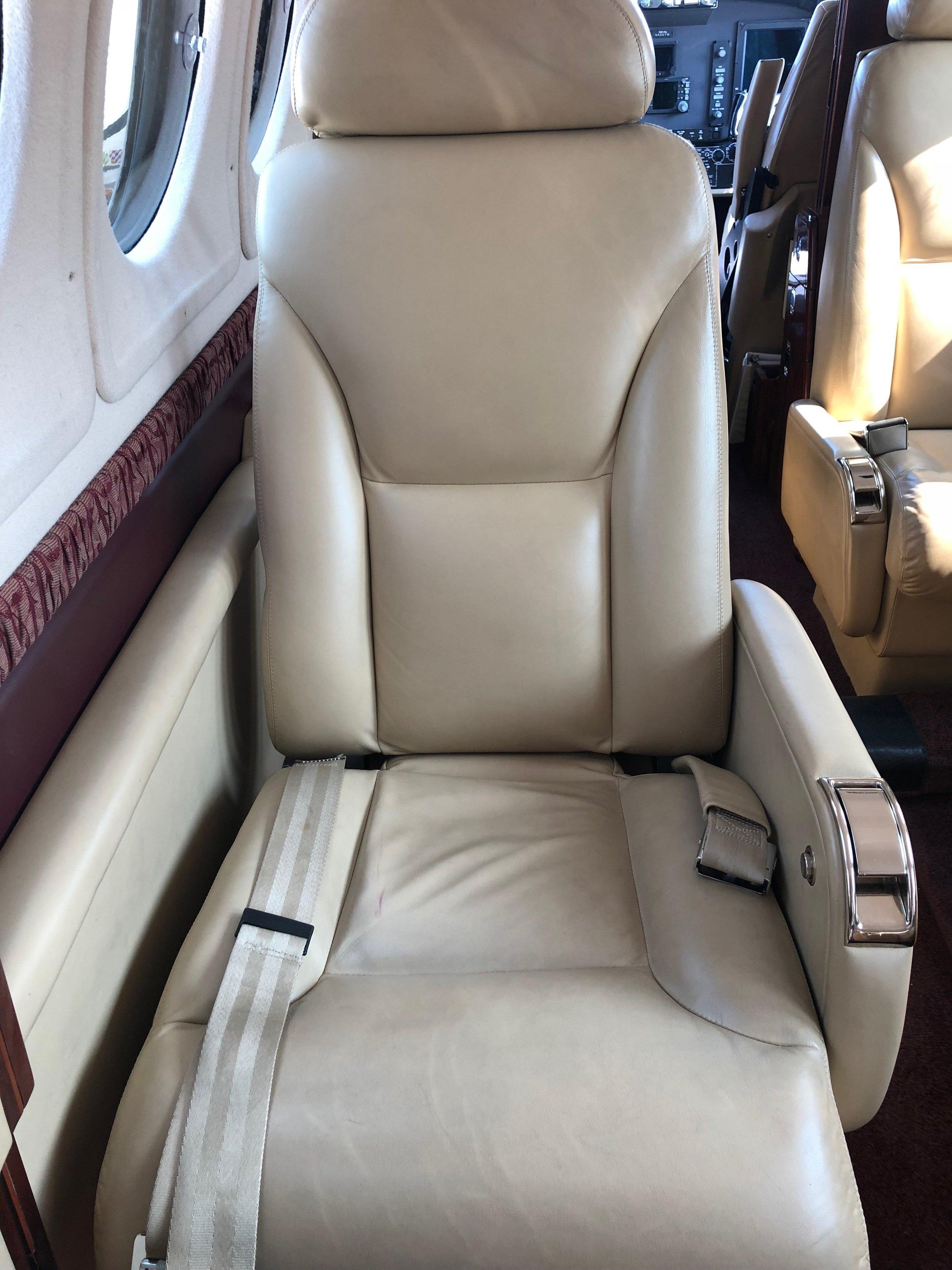BB-1935 (10-18) Cabin seat.jpg
