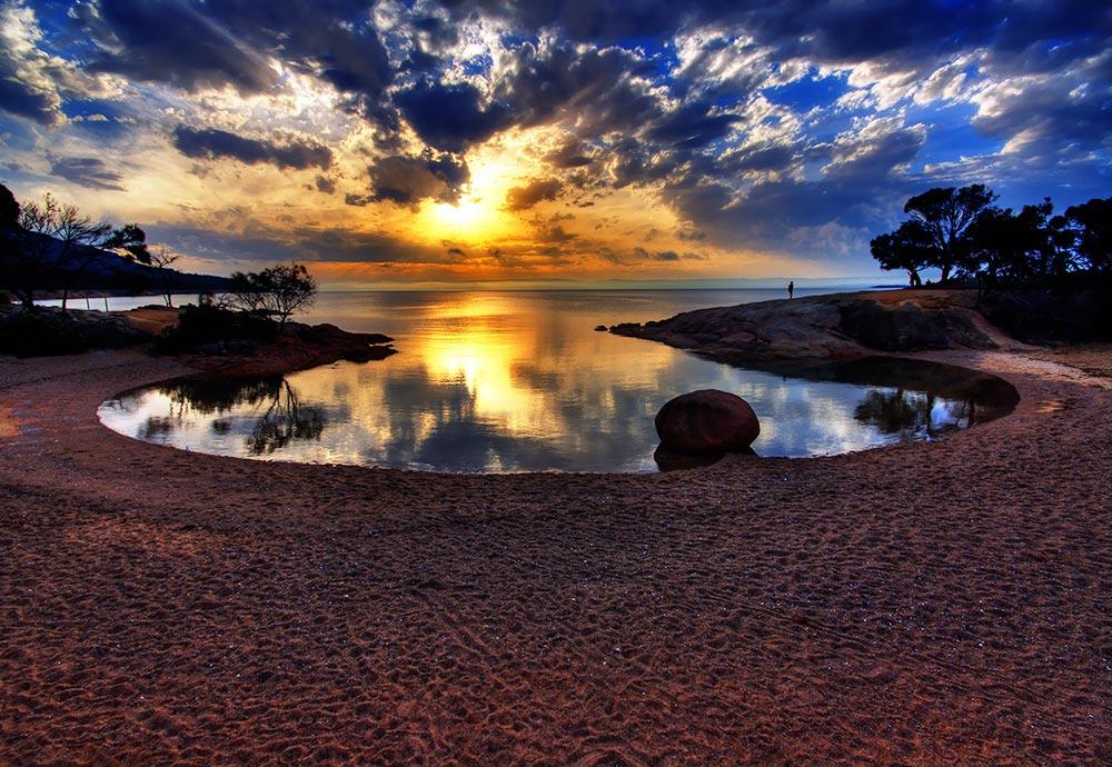 Honeymoon_Bay_Sunset.jpg