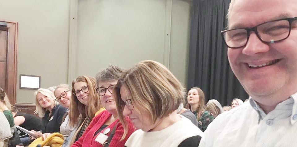 Medlemmer fra sangutvalget på konferanse om forskning på sang