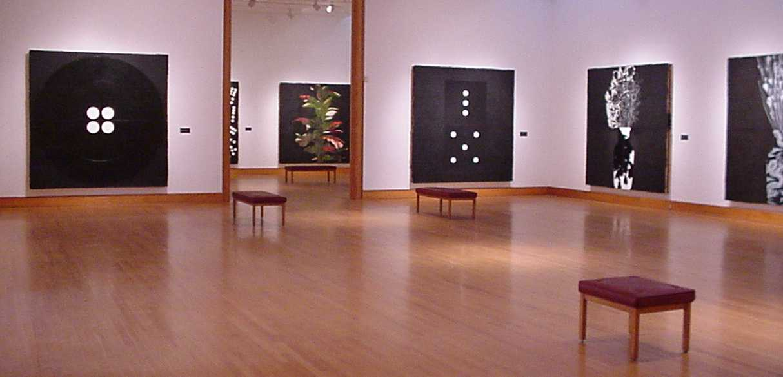Donald Sultan: In the Still-Life Tradition, 2001.