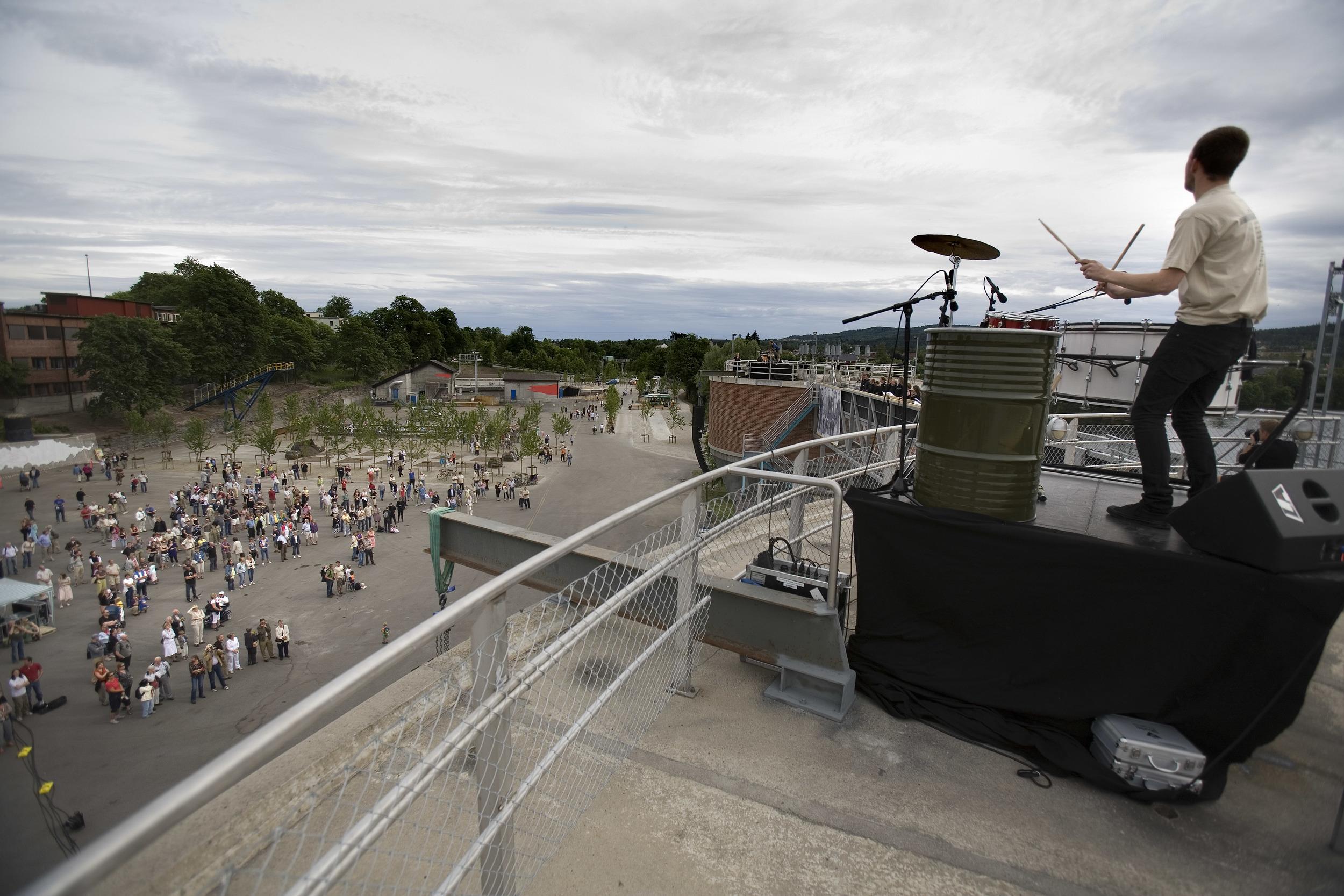 """Åpning 16. juni 2007; """"New Engine"""" (foto Dag Jenssen)"""