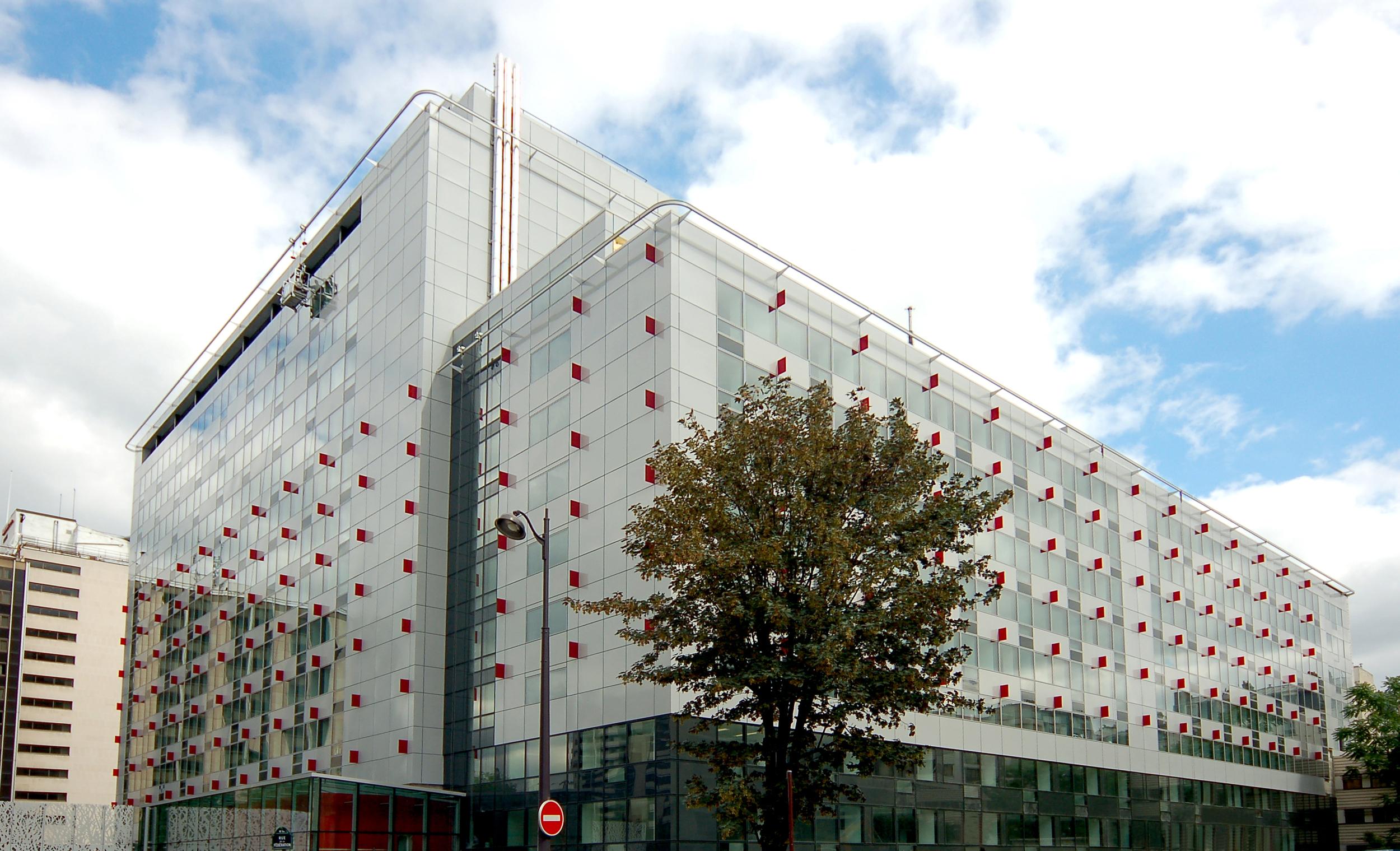 façade rue.jpg
