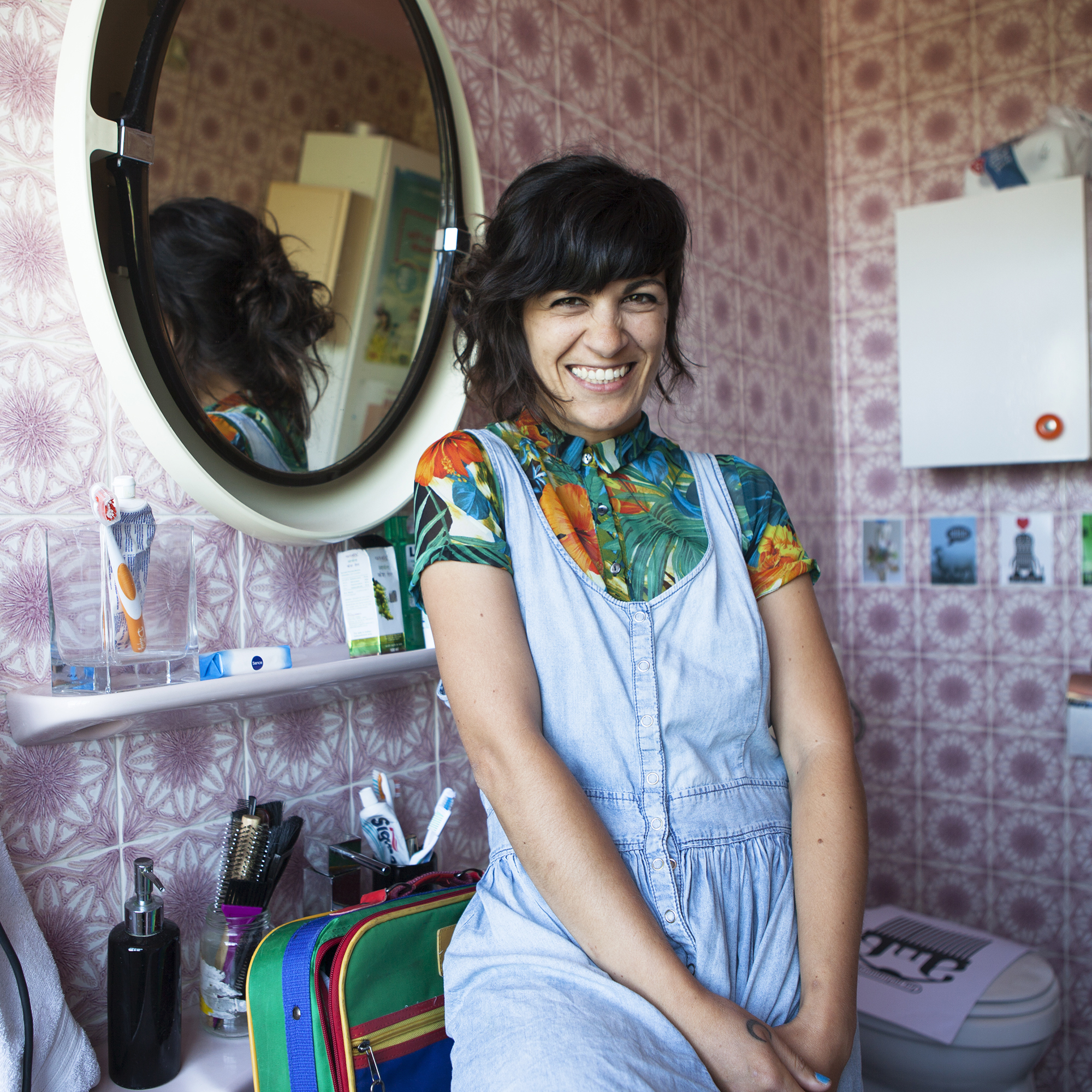 Aniuska But - Hairdresser