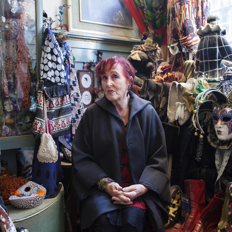 Mauve - Vintage Shop