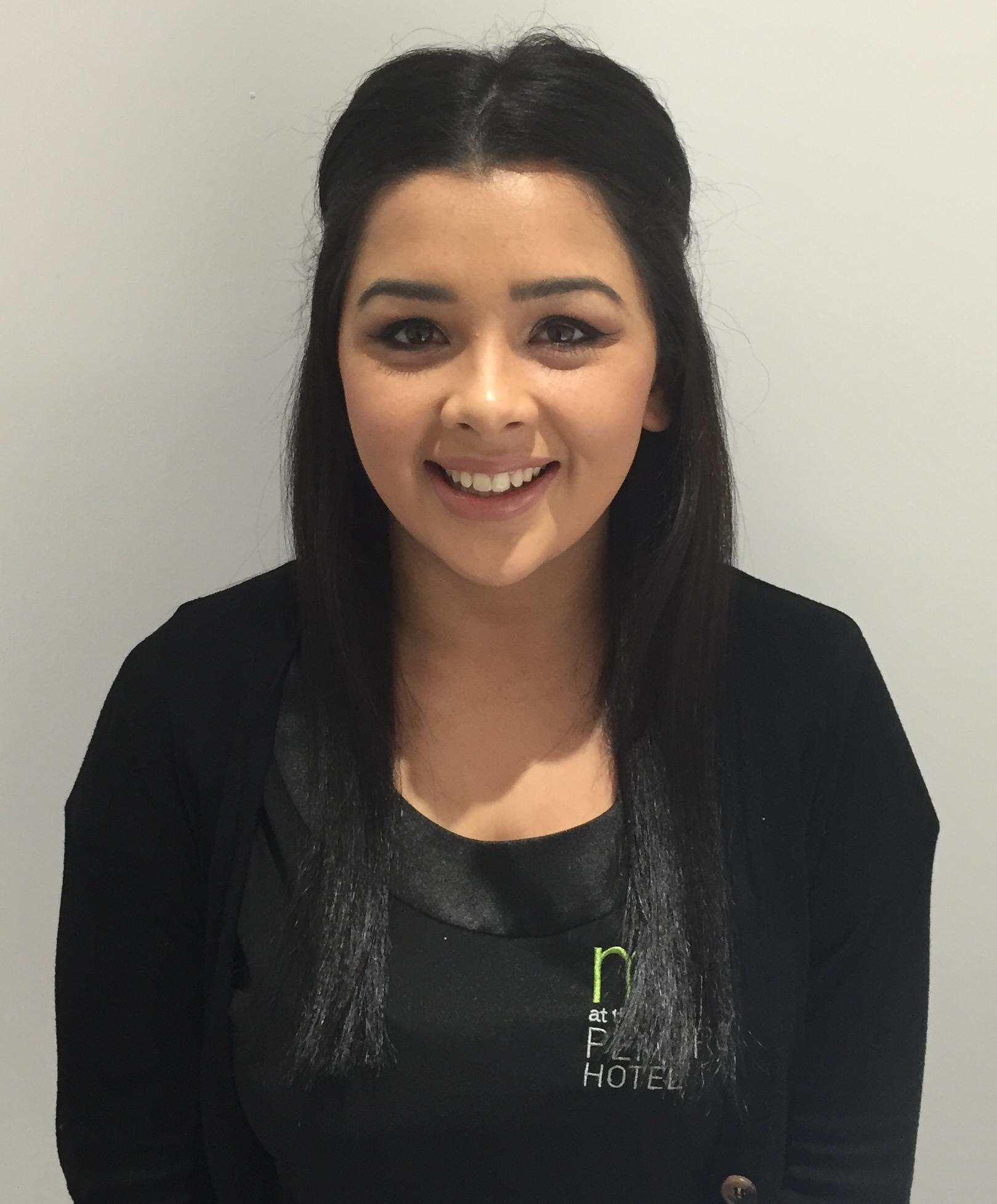Nadine Kelly - Our Noveau Lash Expert