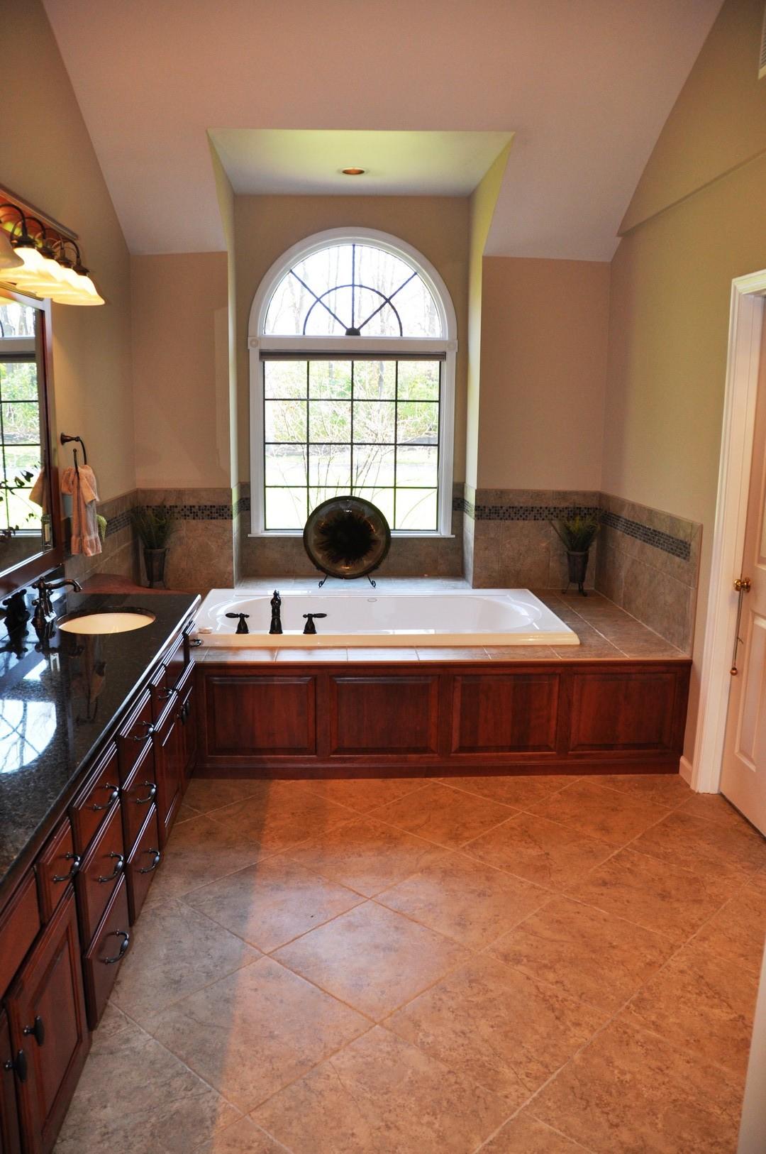 Daniel DeVol Builder - Centerville Master Bath