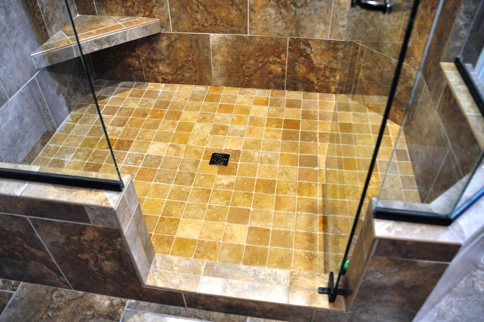 Daniel DeVol Builder - Bellbrook Master Bath