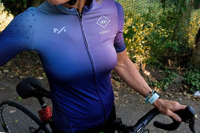 Last chance – pre-orders for The Collective Jersey close at midnight (GMT) tonight. Once closed, we'll only be creating enough for those that have ordered. No extras, no overage; it's the one occasion we'd actively encourage moving fast. • Be sure to check our men- and women-specific sizing guides over on our website. You'll find the link in our bio. • #10000kmcc #RideFarNotFast