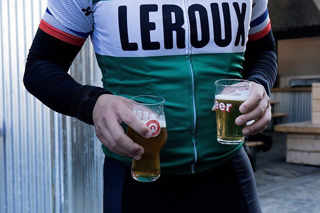 Bidons to begin, coffee in the middle and beer at the end. Join us on Sunday for a social ride from London Bridge to Hertford and back again. • Find out more and RSVP via the link in our bio. • #10000km #RideFarNotFast