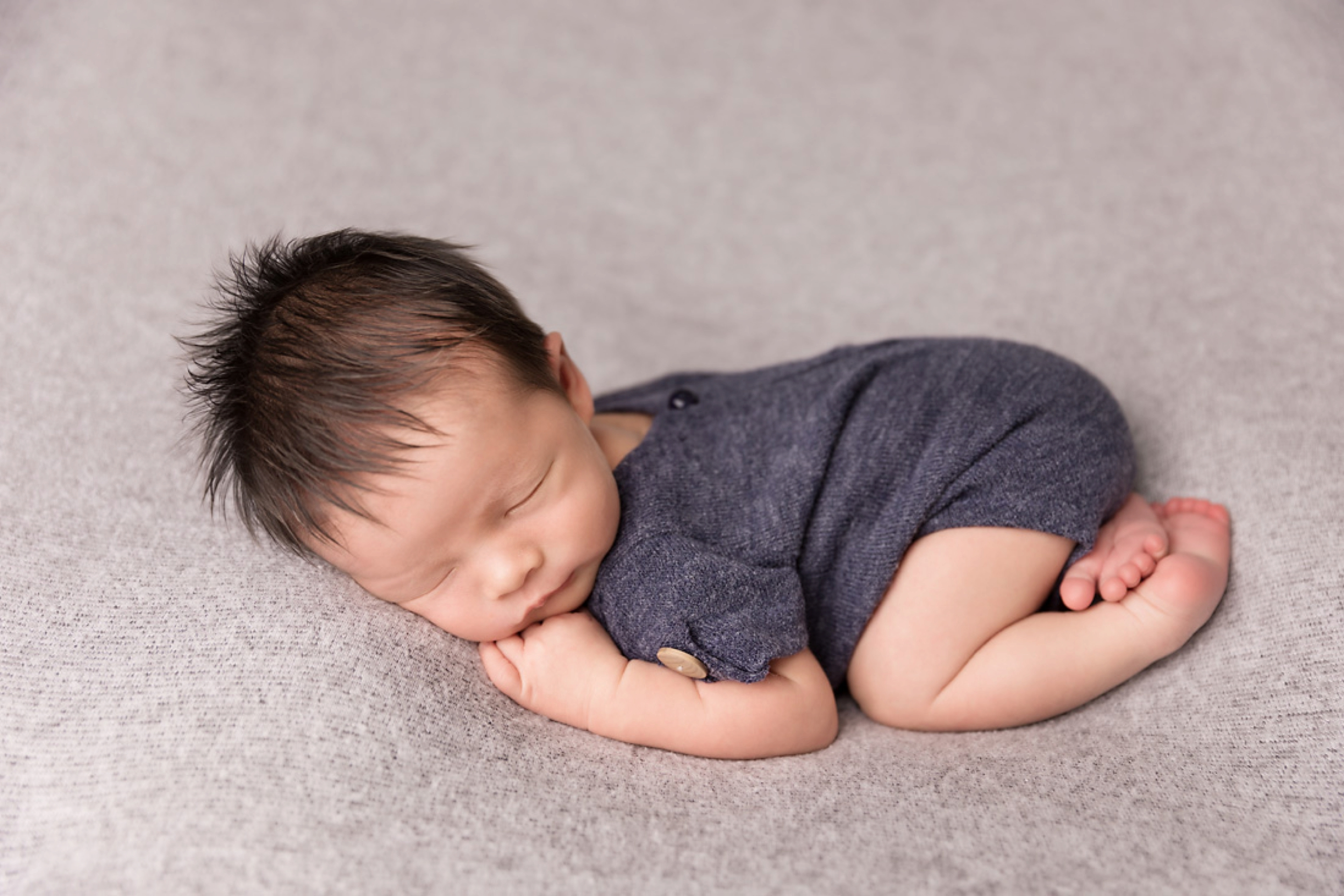 Newborn-Studio-Session-Jessica-Doffing-Photography_0002.jpg
