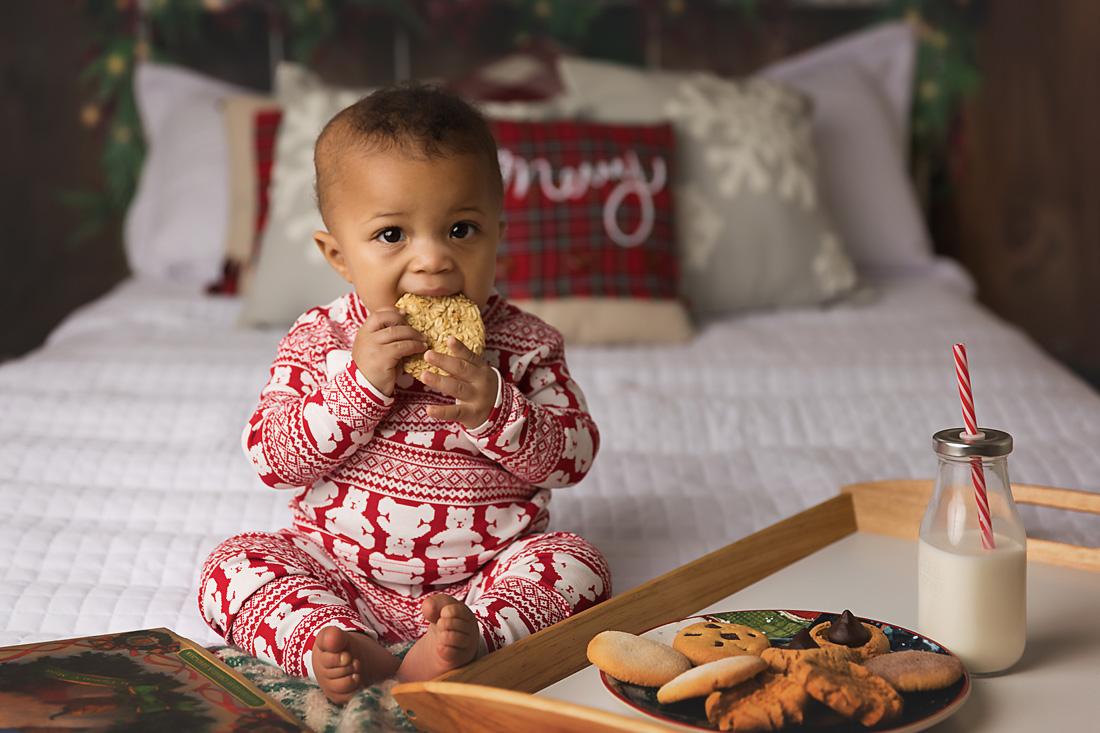 christmas pj bed cookies