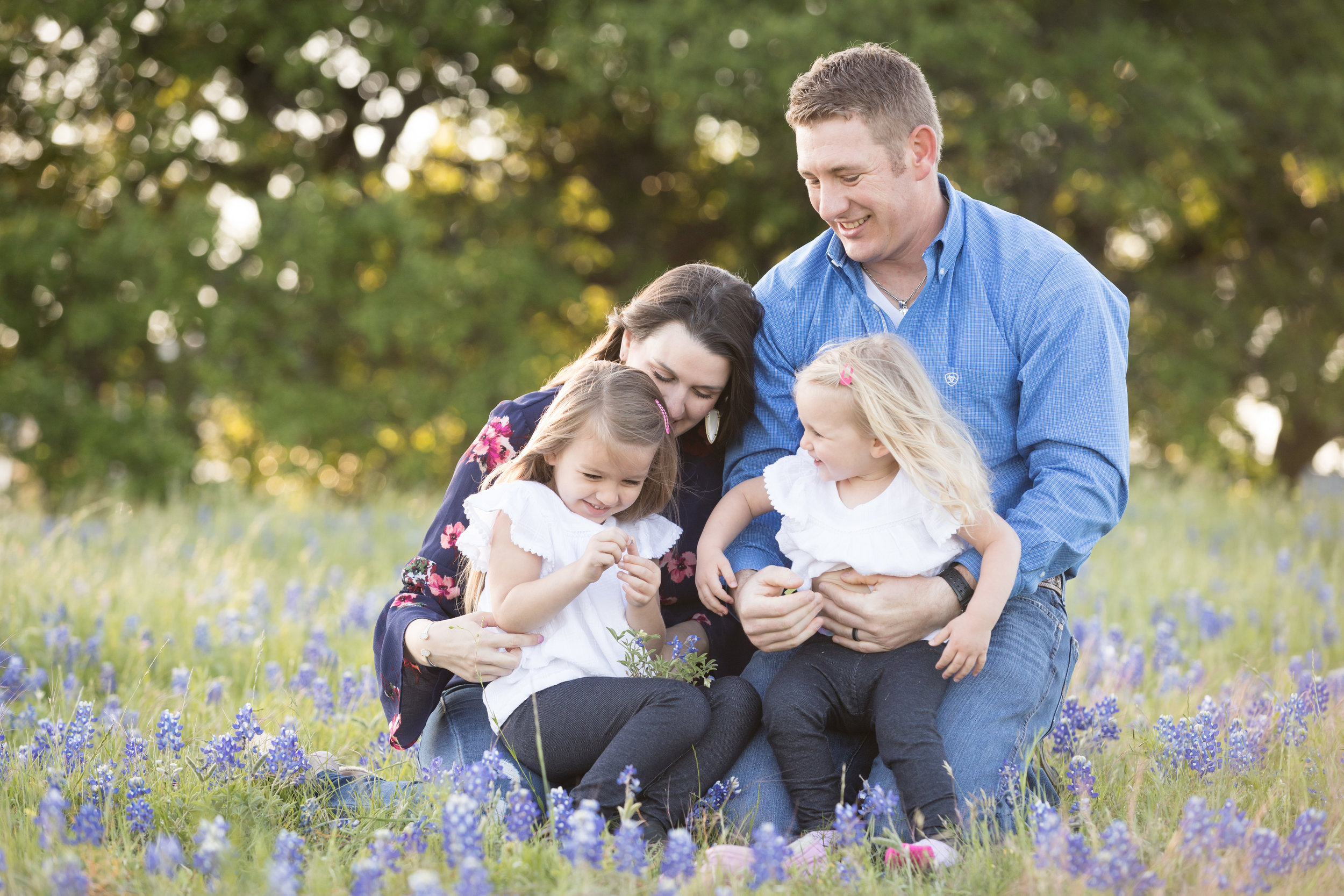 family session bluebonnets Round Rock Texas