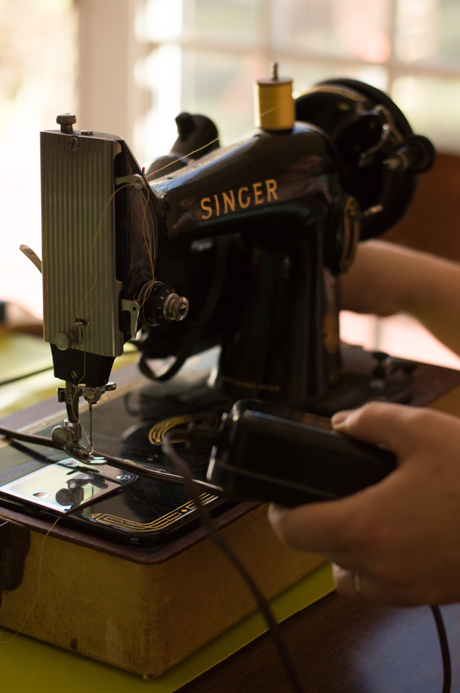 Adrian's vintage Singer, which doesn't only look pretty--it works!