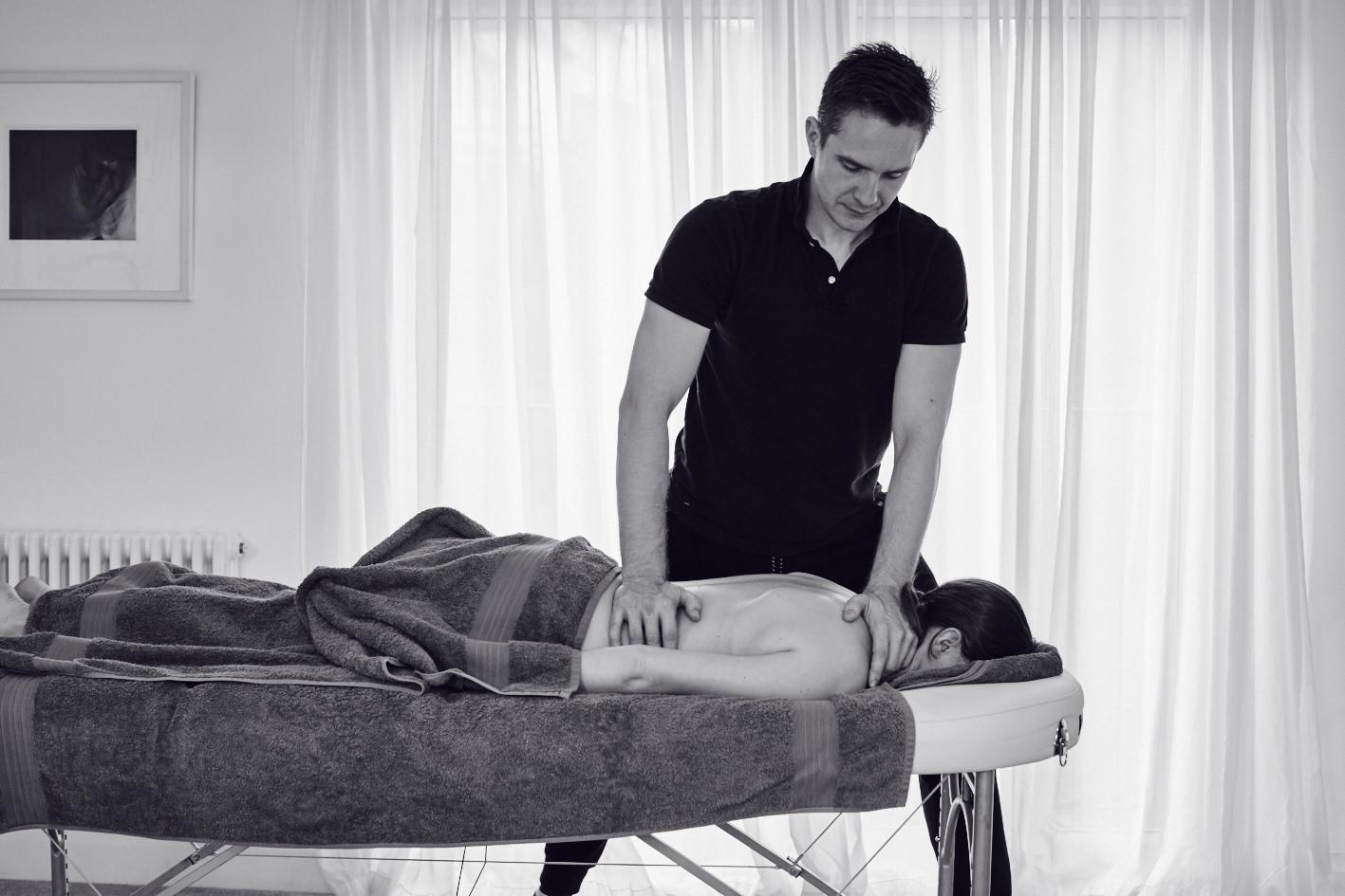 Andy Massage15001.jpg