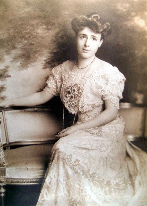 Mrs. Enrico (Juliette) Tramonti