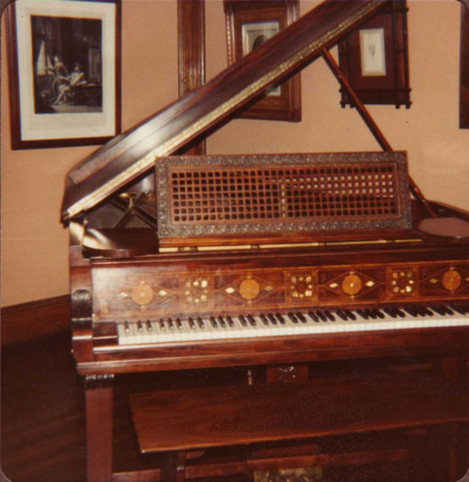 Steinway piano, June 7, 1981 (photo by William Tyre)