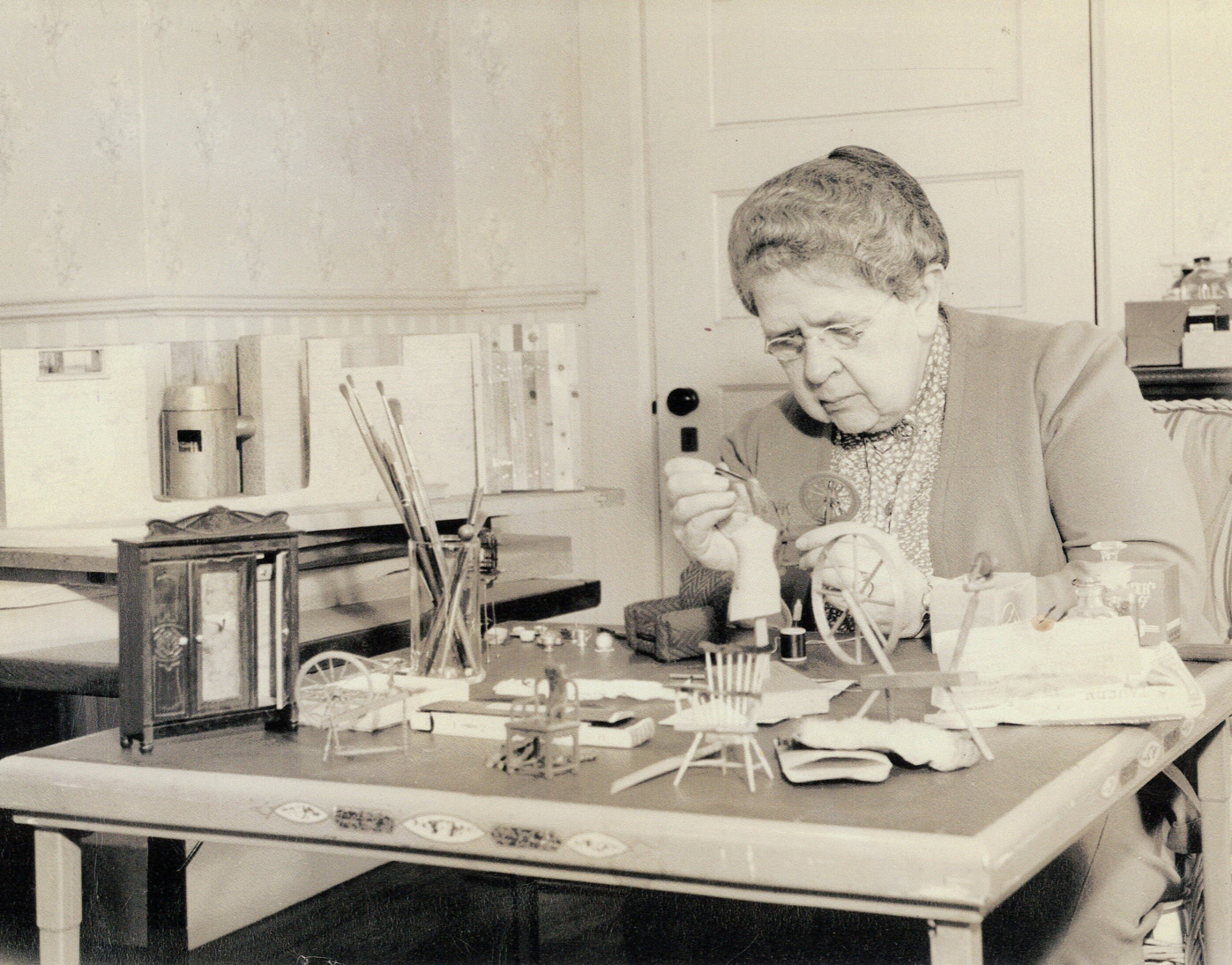 Frances Glessner Lee working on Nutshells.JPG