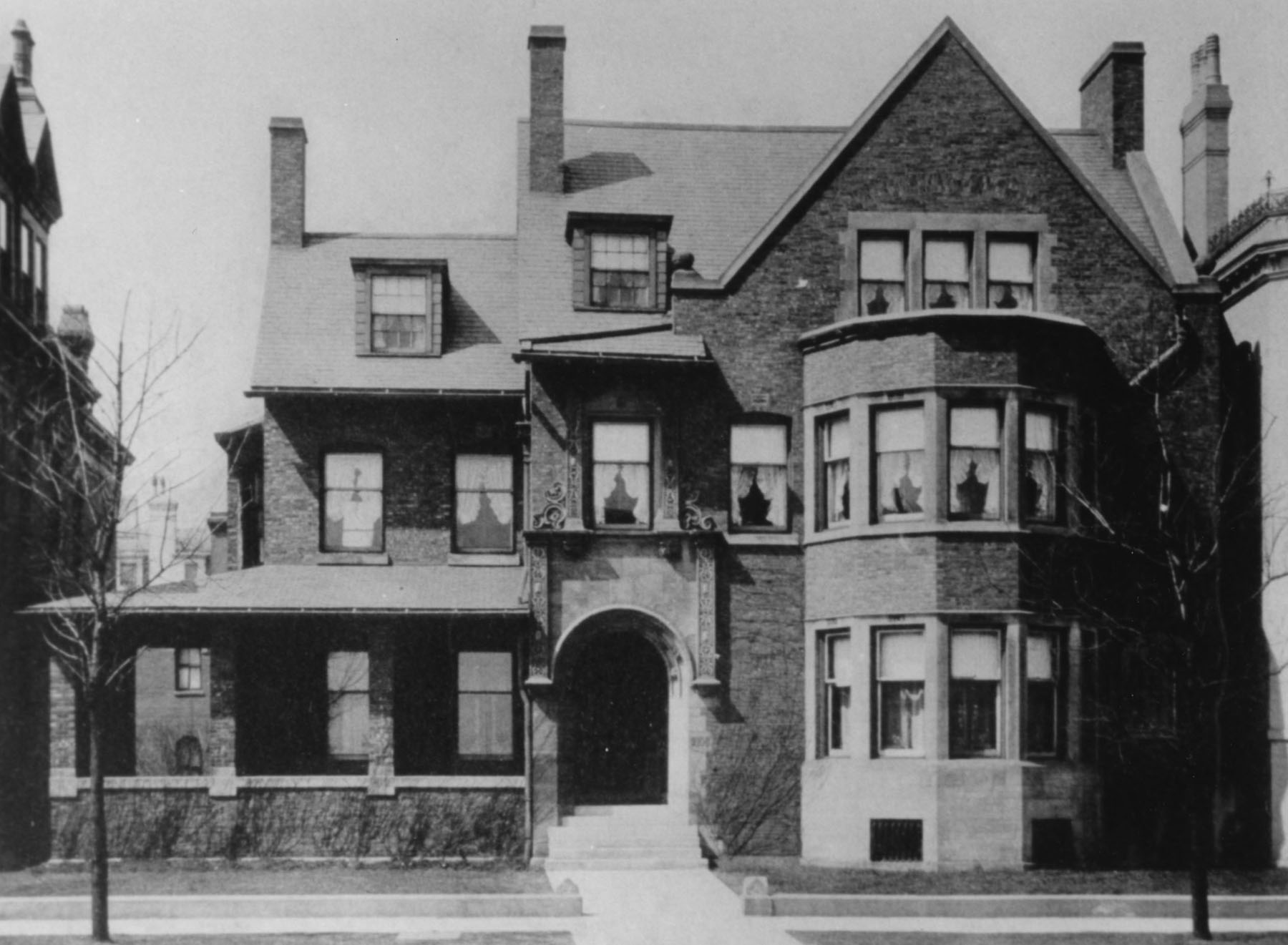 Drake house exterior.jpg