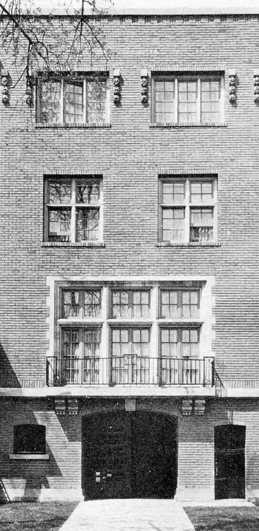 Ralph Shaw house.jpg