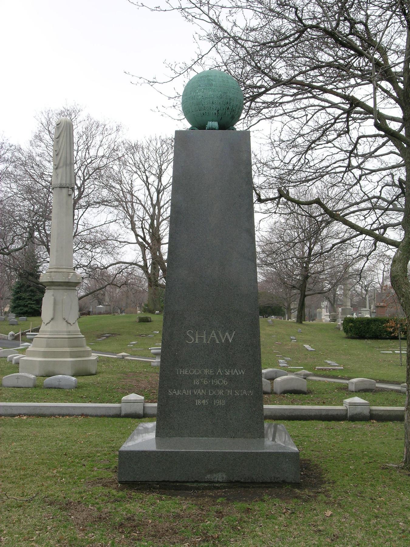 Shaw monument 2007.JPG