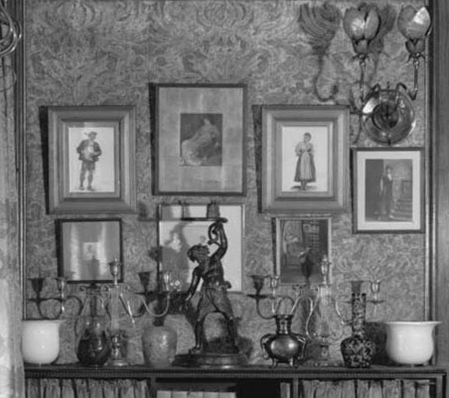 Detail of parlor, 1923. Sleep shown at top center.