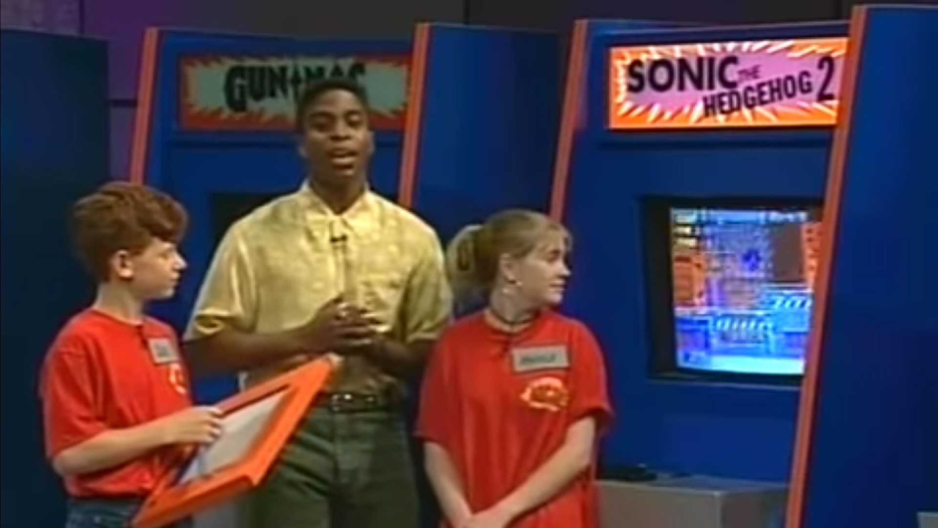 Throwback Watch Melissa Joan Hart Try And Fail At Sonic 2 During Nick Arcade Gametyrant