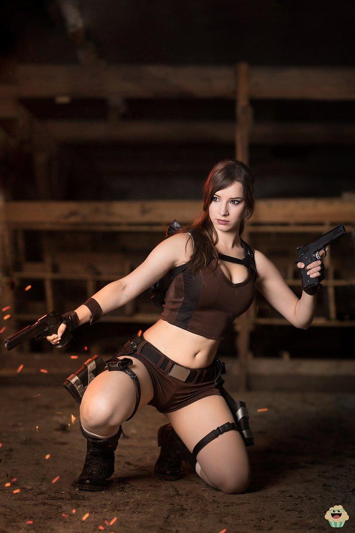 lara_croft___tomb_raider_cosplay_iii__by_enjinight-dbl4p2r.png
