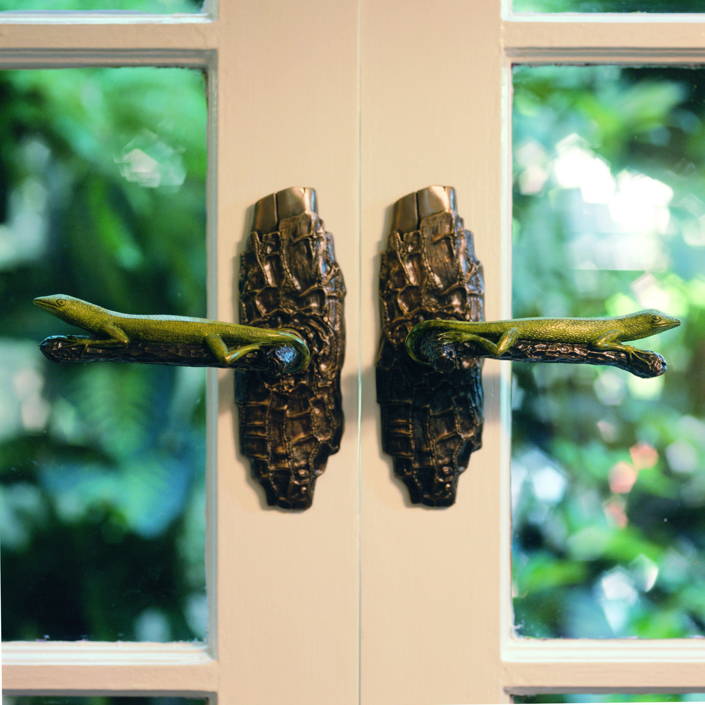 custom-door-handle-lizard-lever.jpg
