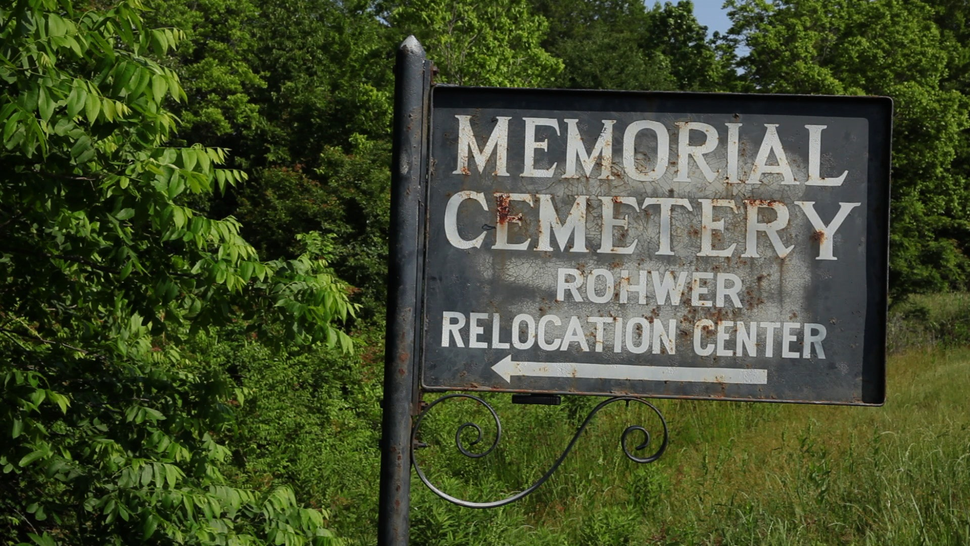 Cemetery sign, Rohwer Camp