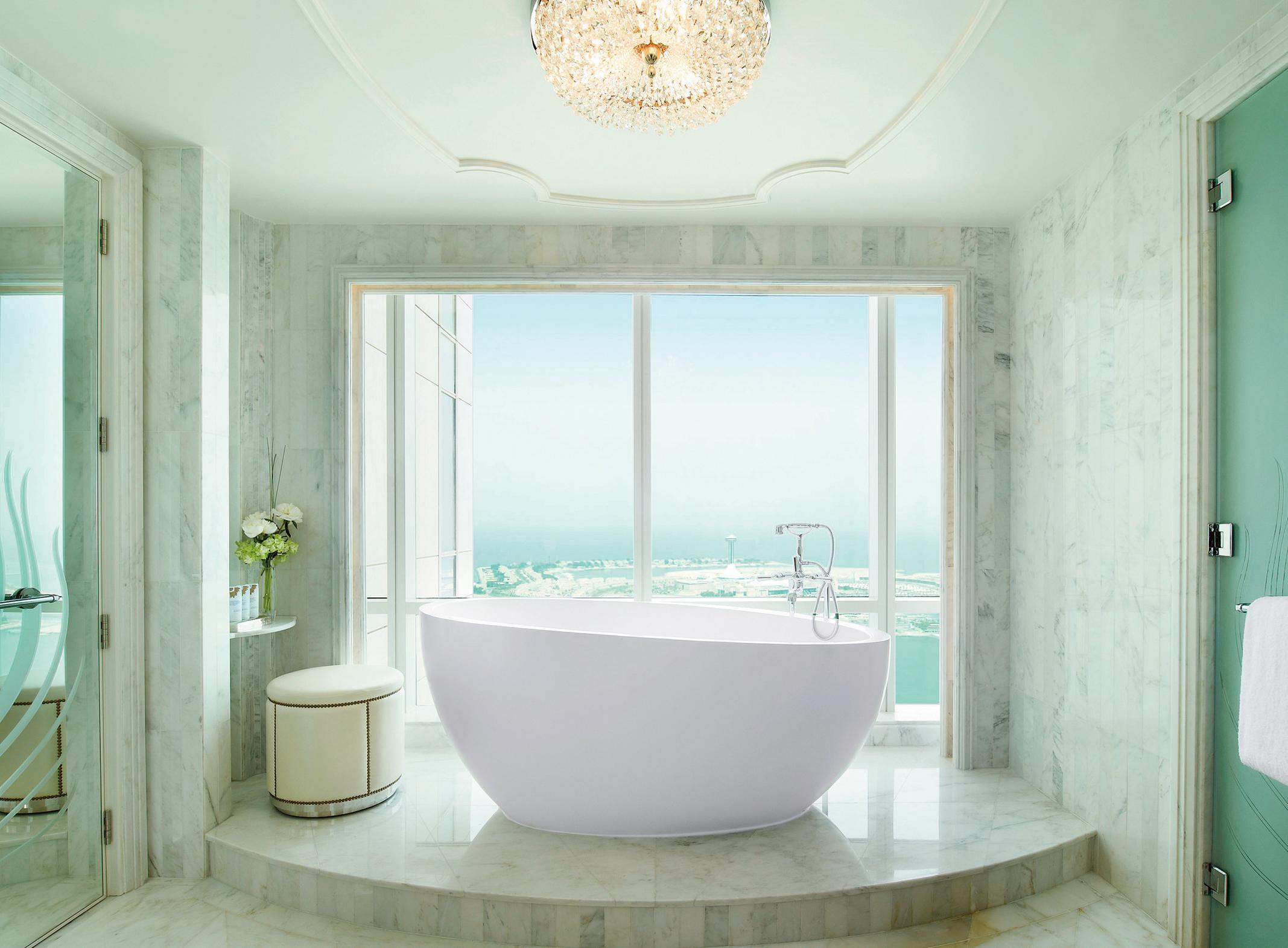 SR Abu Dhabi_Grand Deluxe Suite Bathroom.jpg