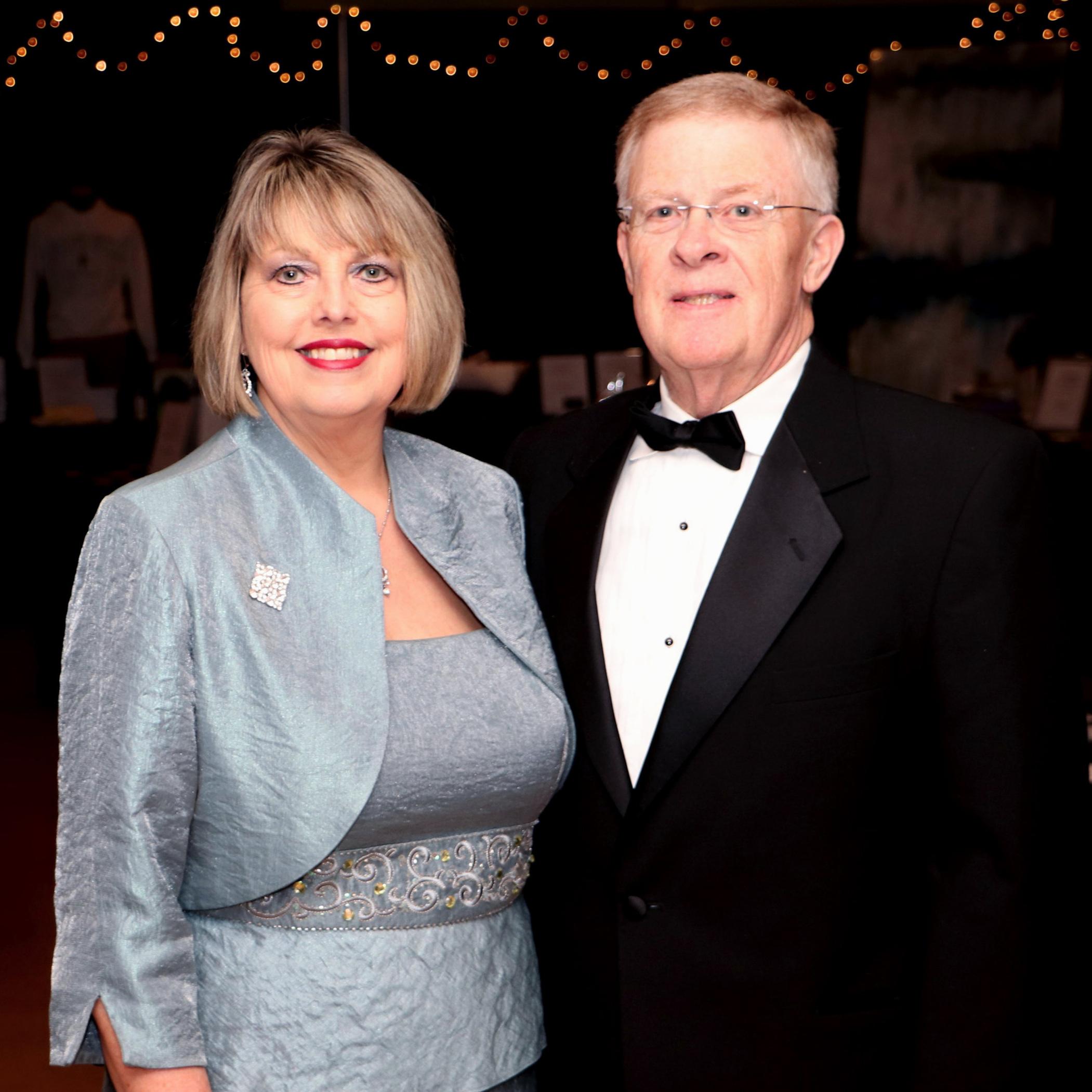 Leonie & Mike Hefley