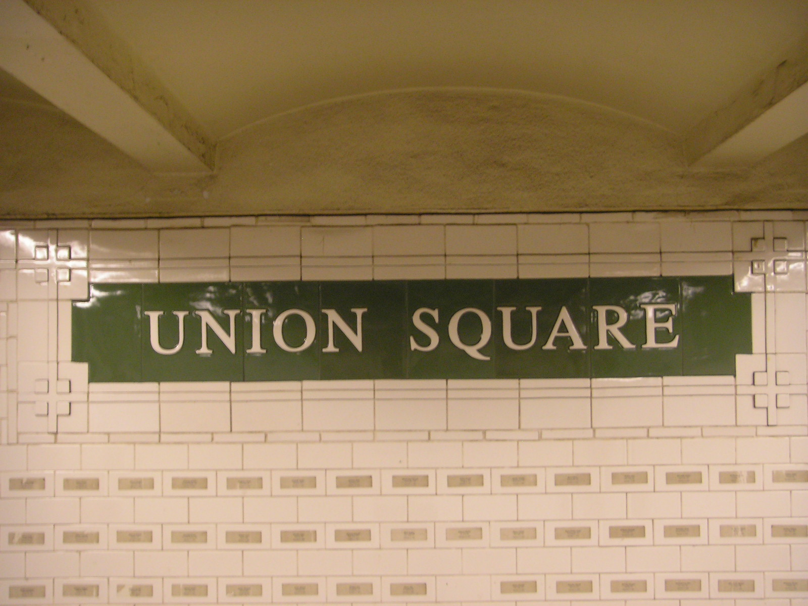 The Reverb Of Union Square - Vice Magazine - American Eagle Outfitters