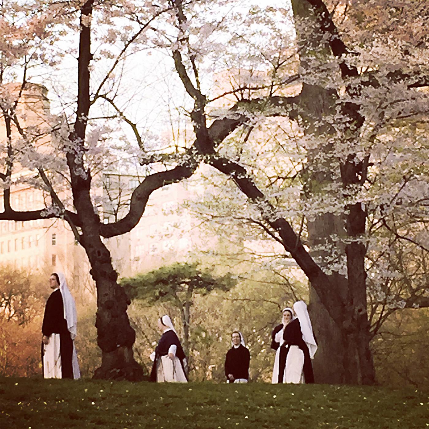 Nuns in central park_IMG_8227.jpg