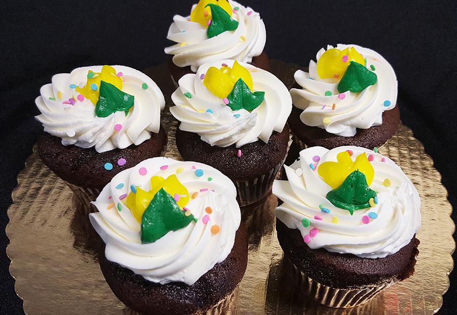 Cupcake-Chocolate:Vanilla.jpg