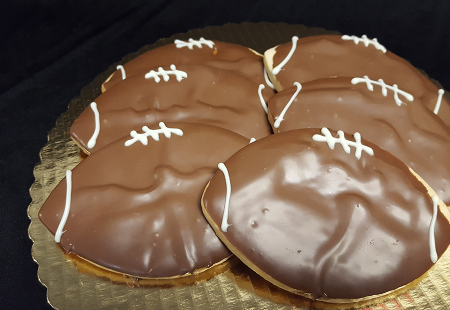 football-cookies.jpg