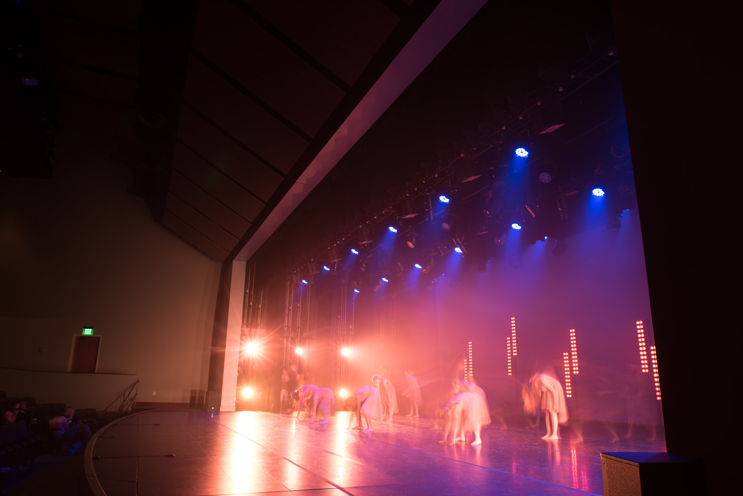 live_moderndance2.jpg