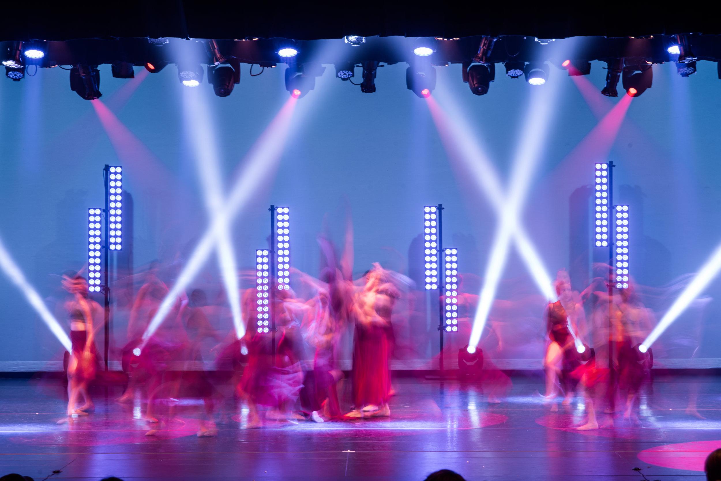 live_moderndance1.jpg