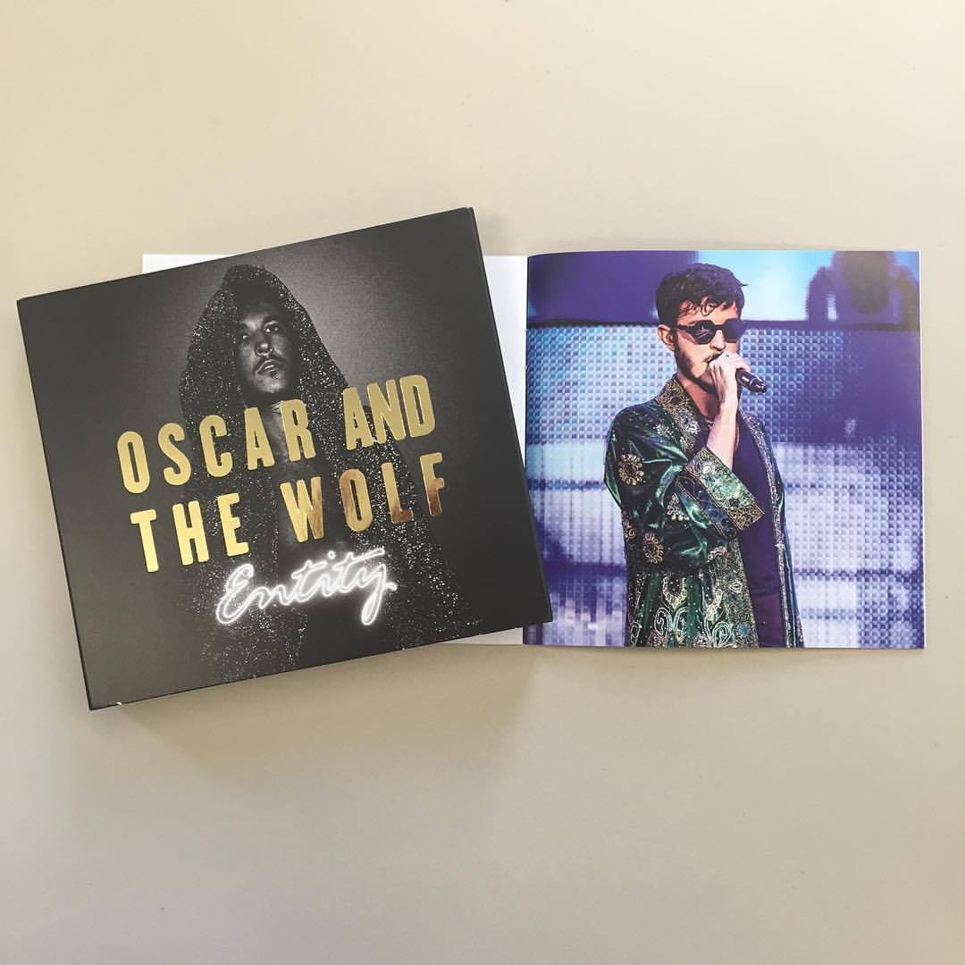 Oscar and the Wolf - CD/DVD booklet