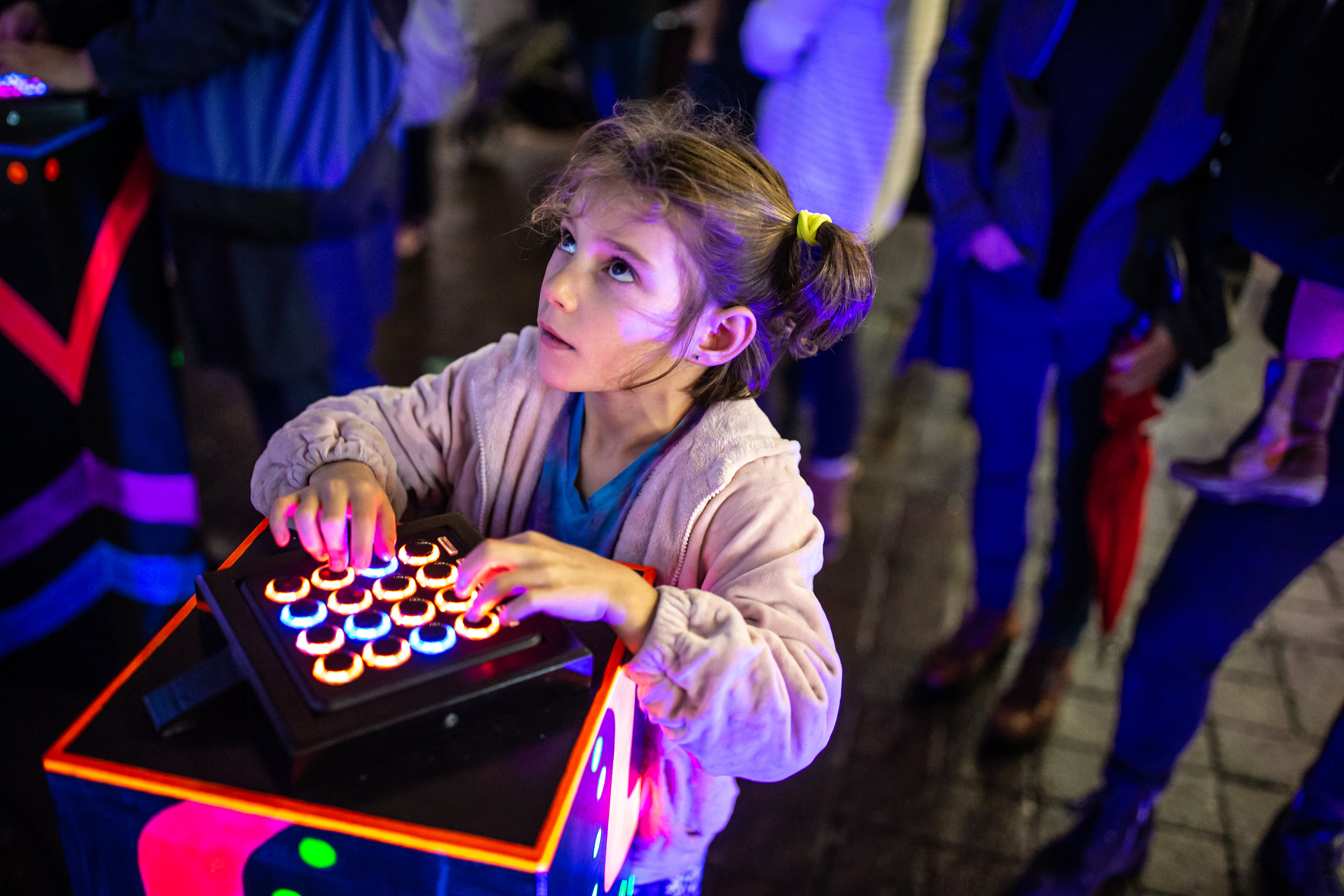Play_Stephanie Houten_Illuminus 2018_Photo by Aram Boghosian_4.jpg