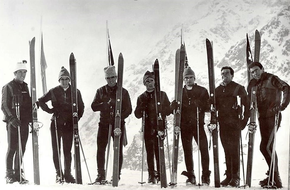 The Spanish National Team in Portillo, 1965.