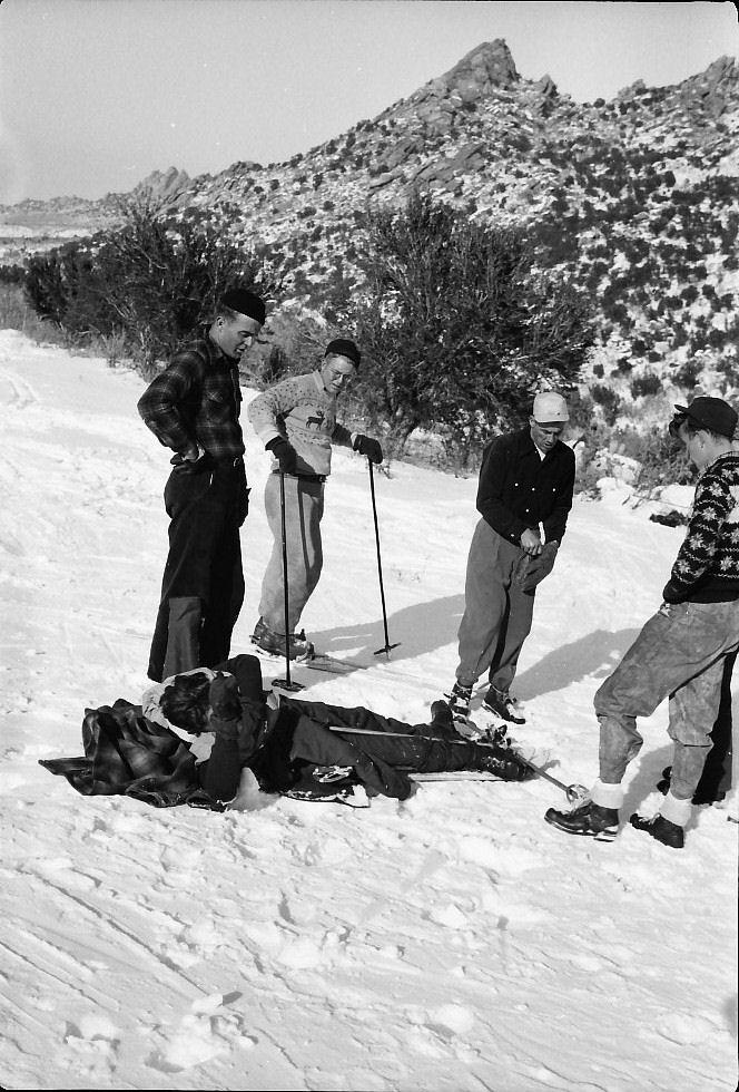 jack-w-friends-broken-leg-skiing-mineral-mts-1940s.jpg