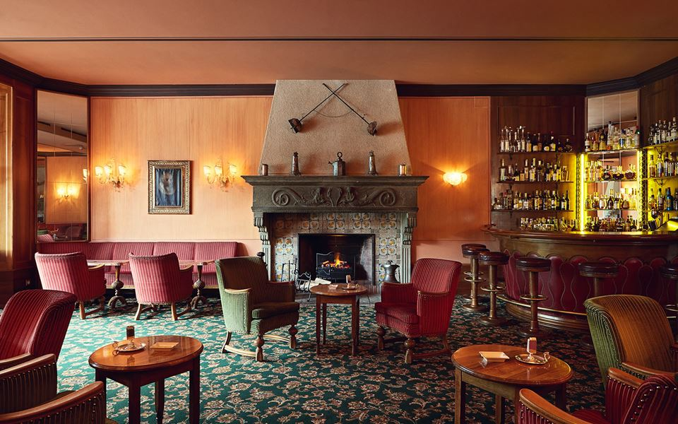 restaurant-12-bars-ranaissance-bar-_st_moritz.jpg