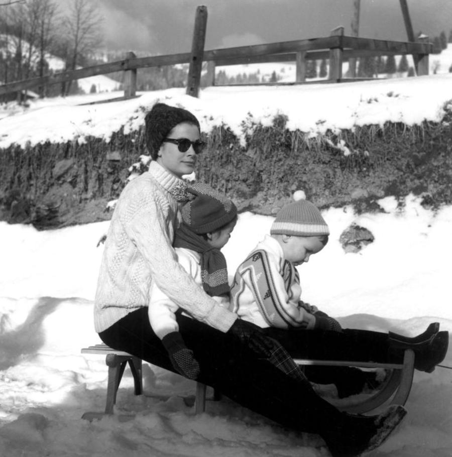 Grace-Kelly-St-Moritz-1962.png