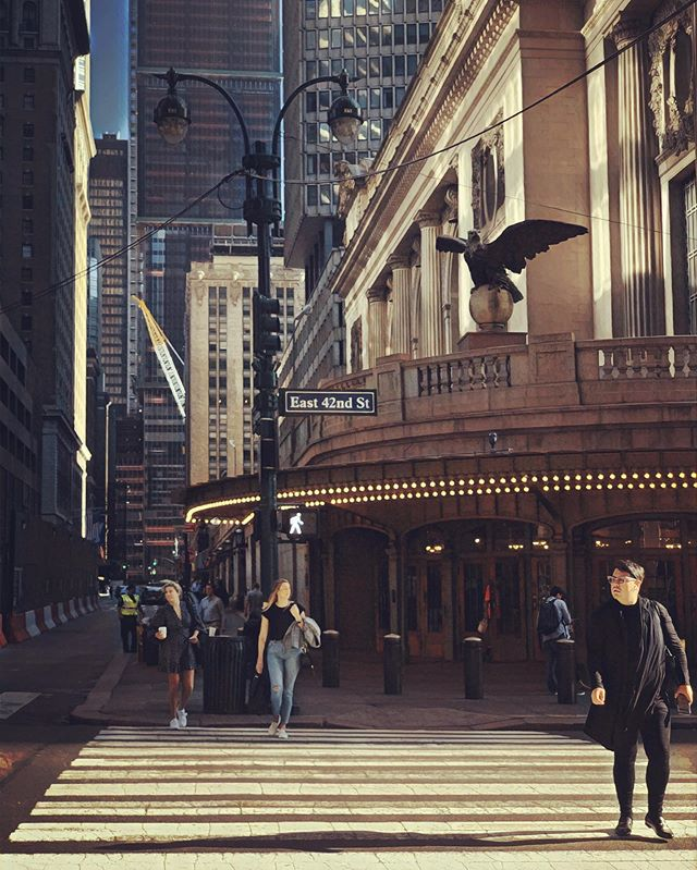 Early Sunday morning in front of #grandcentralstation